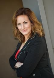 Veronica Hanna, REALTOR ® in Beautiful AZ